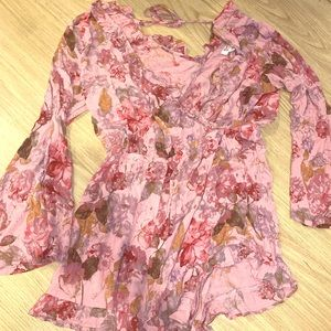 Pink floral romper! Only worn once!
